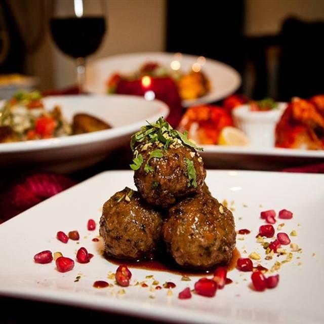 Divan restaurant atlanta ga opentable for Divan kebab carte