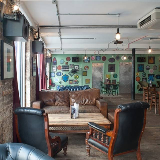 STRONGROOM BAR & KITCHEN - London,