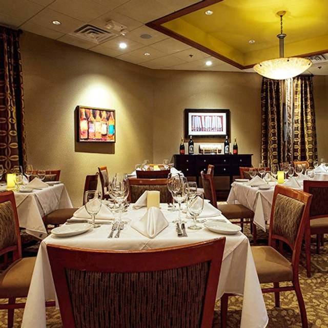 Ruth's Chris Steak House - Greenville, Greenville, SC