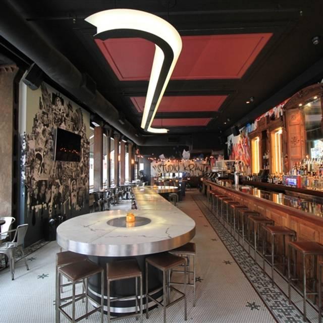 Studio Kraut - Bohemian Bar & Kitchen