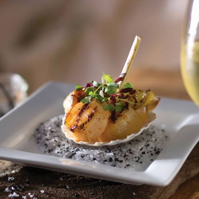 Scallops - Seasons 52 - Burlington, Burlington, MA