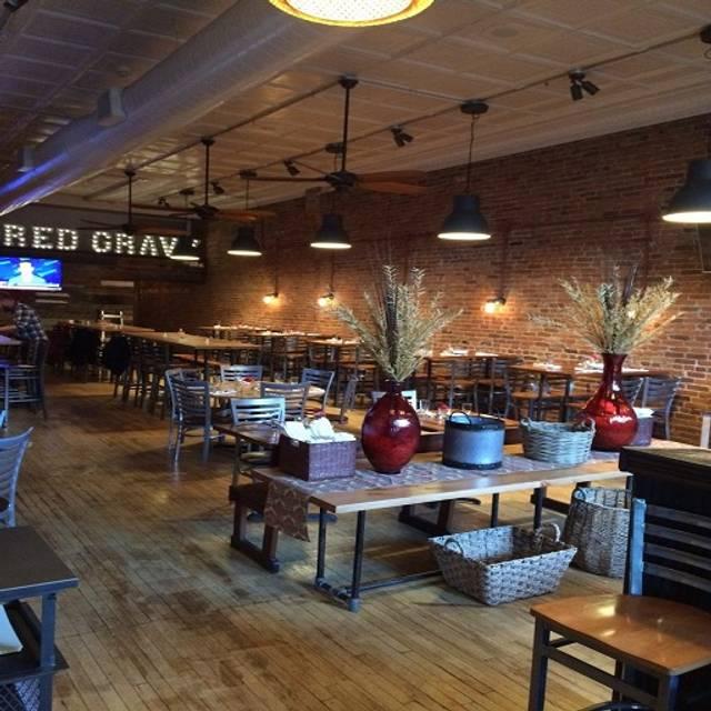 Mountain View Restaurant At Cheyenne Mountain Colorado: Red Gravy Restaurant - Colorado Springs, CO