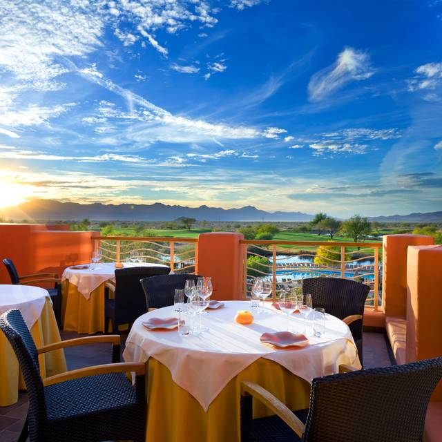 Kai Patio Sunset - Kai | Sheraton Grand at Wild Horse Pass, Chandler, AZ