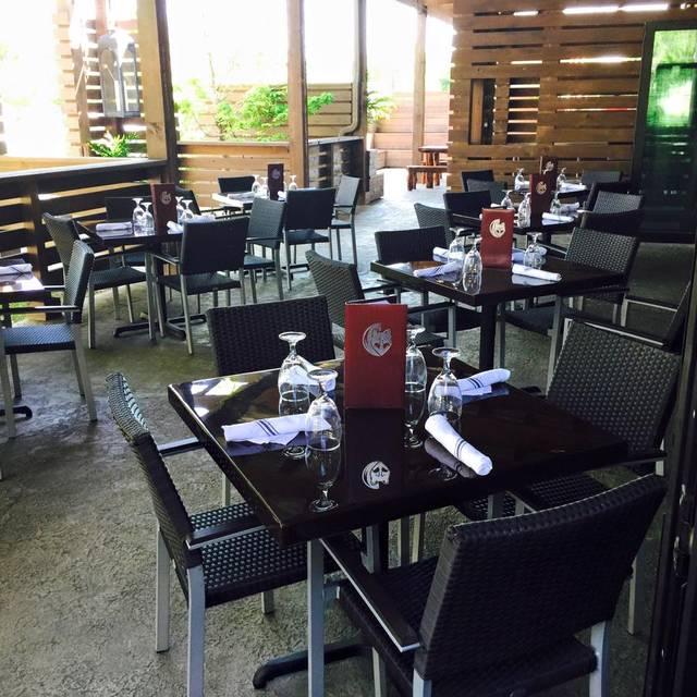 Foxhole Culinary Tavern, Austin, TX