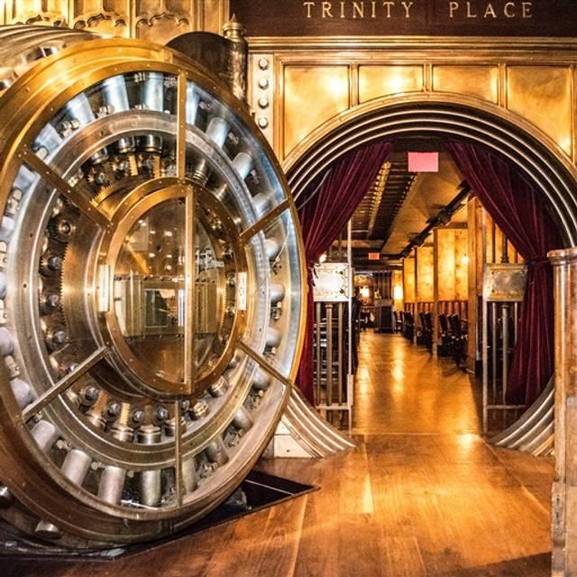 Trinity Place Bar Amp Restaurant New York Ny Opentable