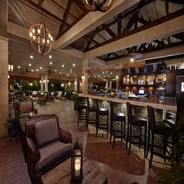 Ikes - Ike's Bistro - Manchebo Beach Resort & Spa, Eagle Beach, Aruba