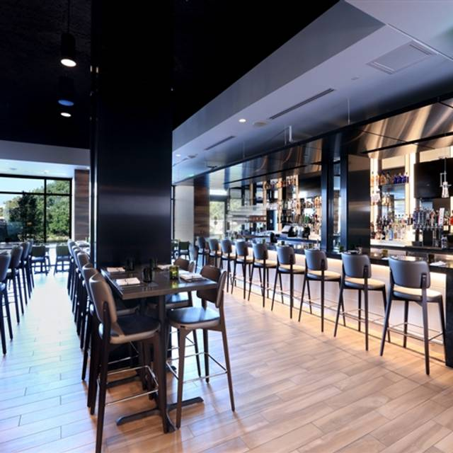 The Kitchen By Wolfgang Puck Restaurant Grand Rapids Mi