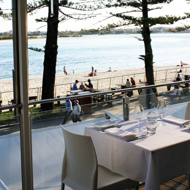 Tides Waterfront Dining, Bulcock Beach, AU-QLD