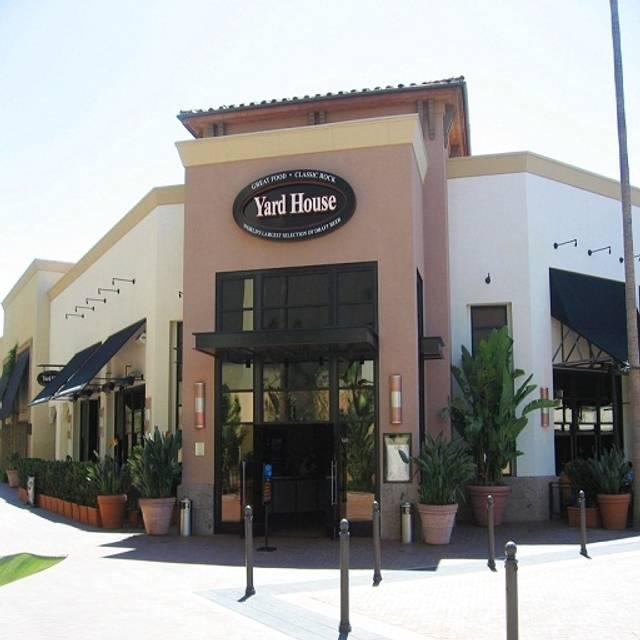 Yard House Newport Beach