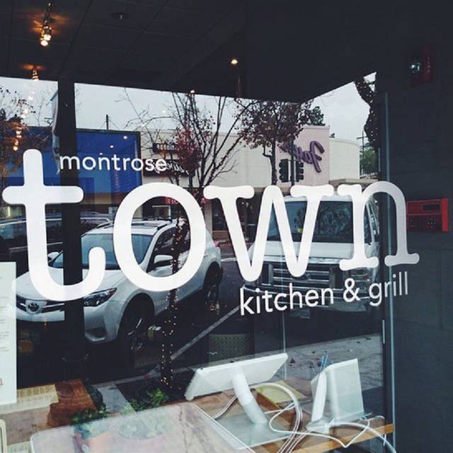 Montrose - Montrose Town Kitchen and Grill, Montrose, CA