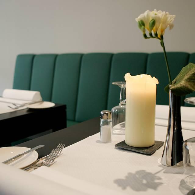 Fleming's Brasserie & Wine Bar im Fleming's Conference Hotel, Frankfurt am Main, HE