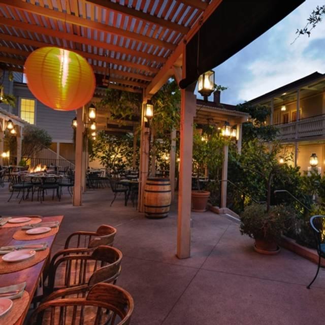 Good Cosmopolitan Restaurant, San Diego, CA