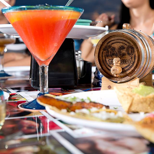 Taco y Tequila La Isla, Cancún, ROO