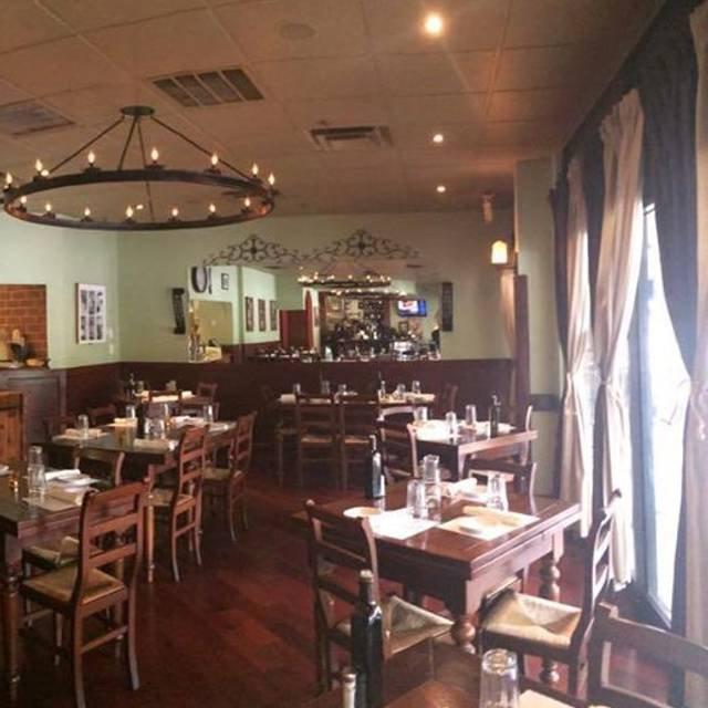 Crispina ristorante pizzeria restaurant atlanta ga for Dining room 101 heswall
