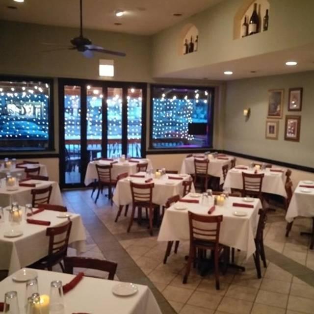 La Notte Cafe, Berwyn, IL