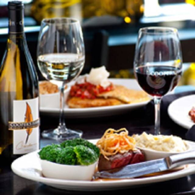 Cooper's Hawk Winery & Restaurant - Ashburn, Ashburn, VA