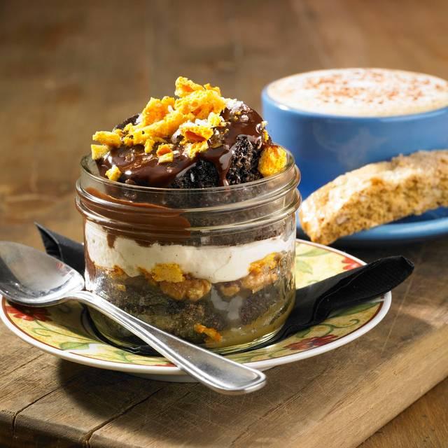 Chocolate Toffee Jar Cake - Scaddabush Italian Kitchen & Bar - Square One, Mississauga, ON