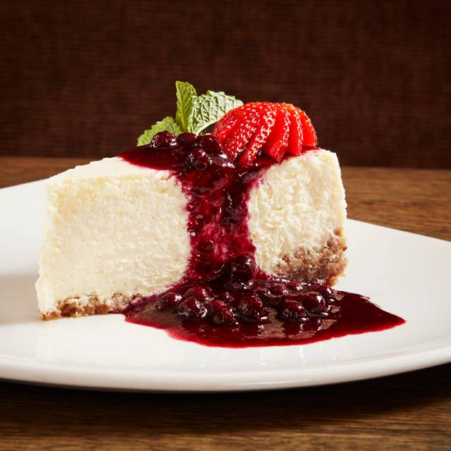 Cheesecake - Canyon Creek - Square One, Mississauga, ON