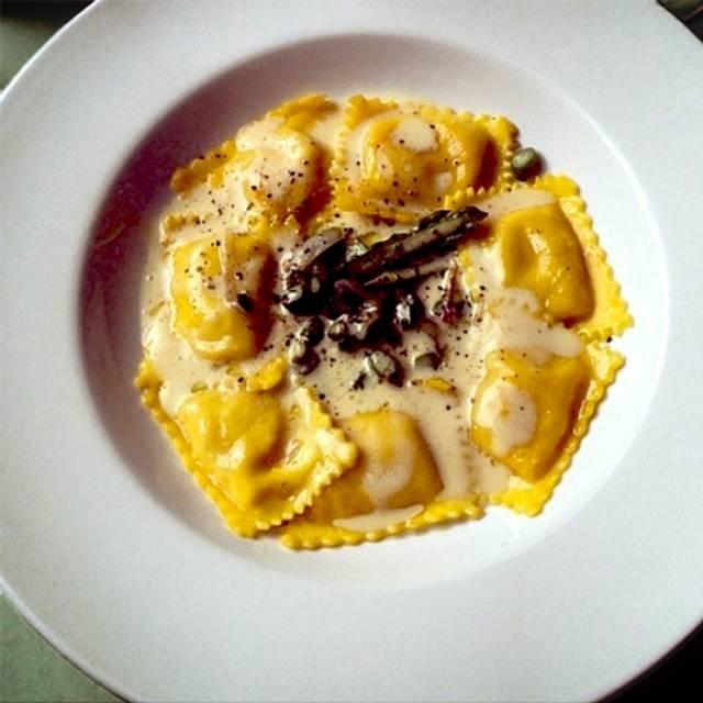 Italian Foods Near Me: Tabare Restaurant - Brooklyn, NY