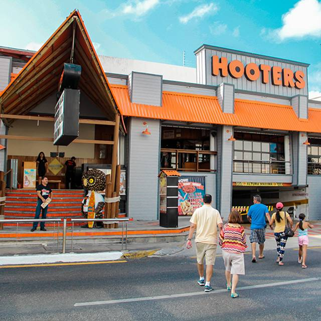 Hooters Cancún - Party Center, Cancún, ROO