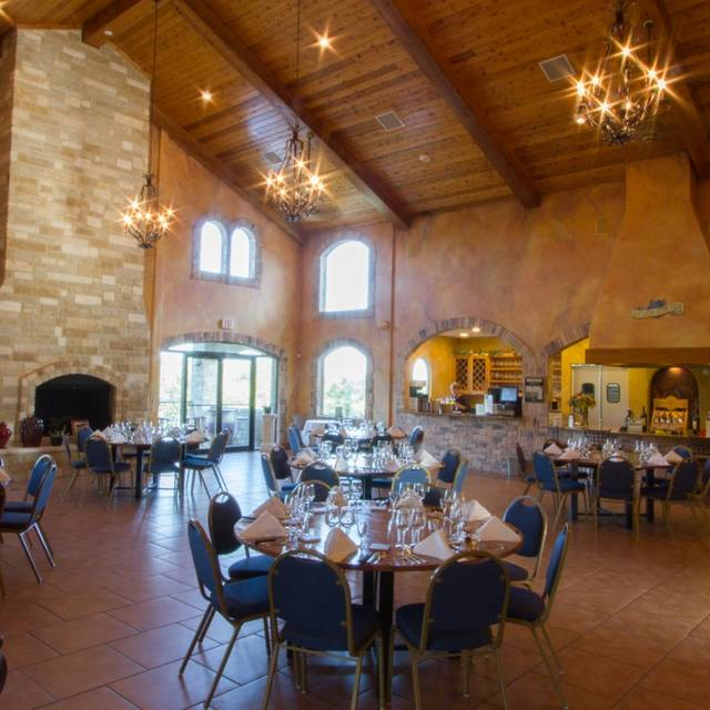 Inside - The Bistro at Flat Creek Estate, Marble Falls, TX