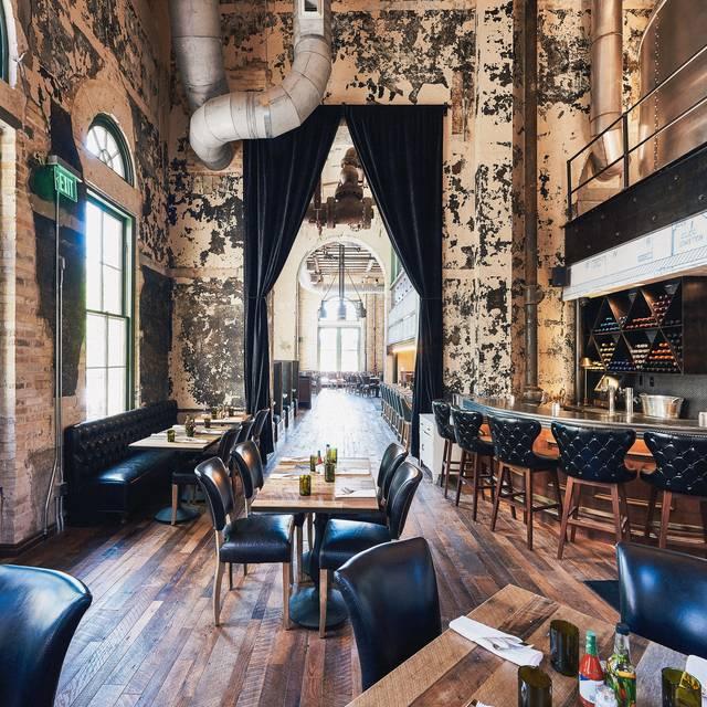 Diningroom - Southerleigh Fine Food & Brewery, San Antonio, TX