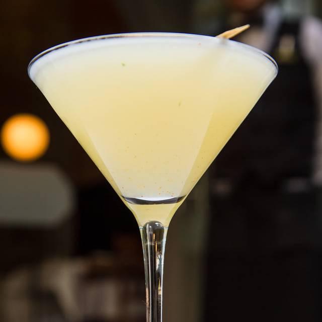 Martini Lichee - Lampuga - Condesa, Ciudad de México, CDMX