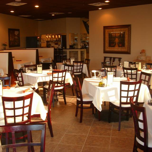 Bistro With Table Cloths Marco S Italian Scottsdale Az