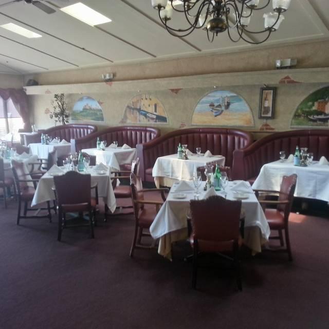 .SinglePlatformR69010I1372 - Portofino Restaurant, Bronx, NY