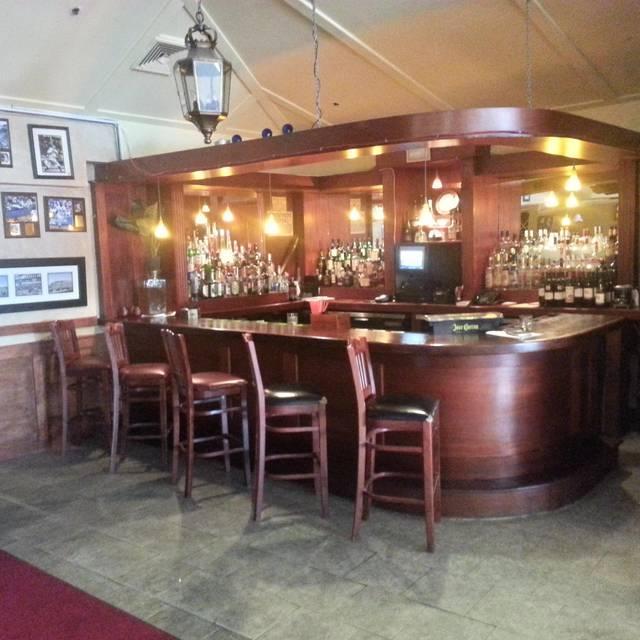.SinglePlatformR69010I1371 - Portofino Restaurant, Bronx, NY