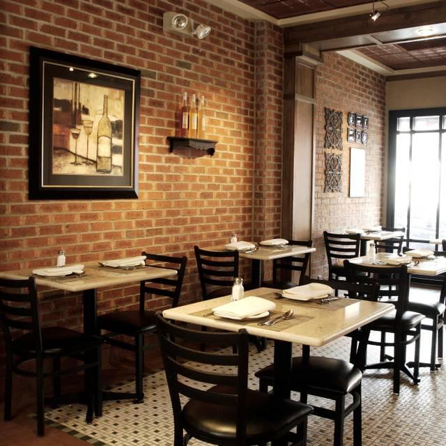 Vesuvio Pizzeria Restaurant