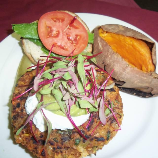 Red Parka Pub Restaurant - Glen, NH   OpenTable