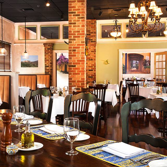 Brasserie provence dining room - Brasserie Provence, Louisville, KY