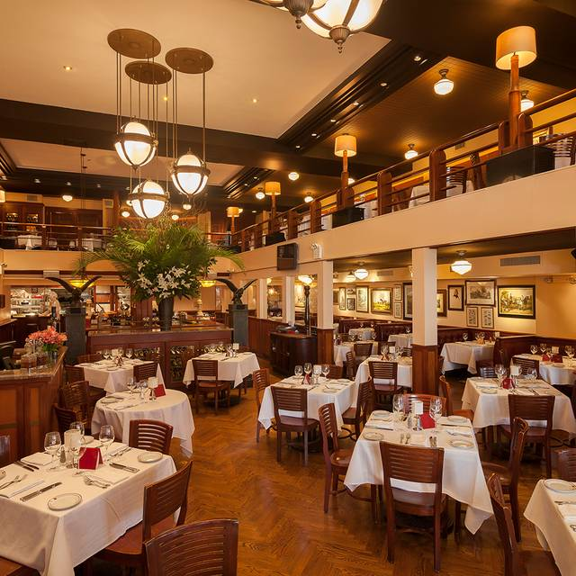 Maloney & Porcelli Dining Room - Maloney & Porcelli, New York, NY