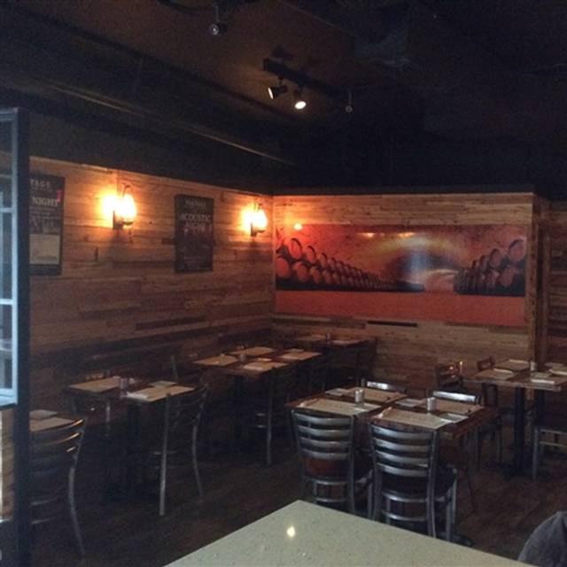 Vintage Wine Bar And Bistro Farmingdale Restaurant Ny Opentable