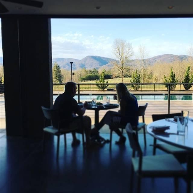 Restaurant 17, Travelers Rest, SC