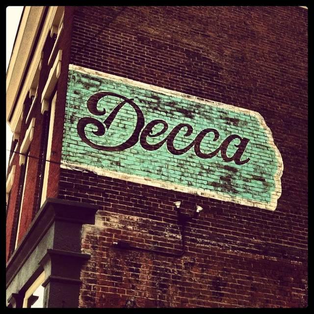 Decca, Louisville, KY