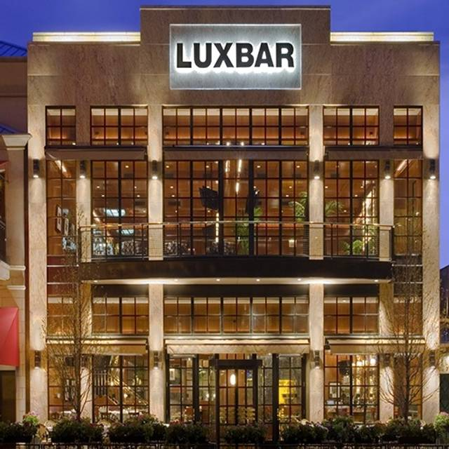 LUXBAR, Chicago, IL