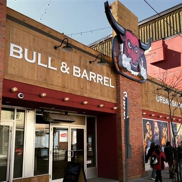 The Bull & Barrel London, London, ON