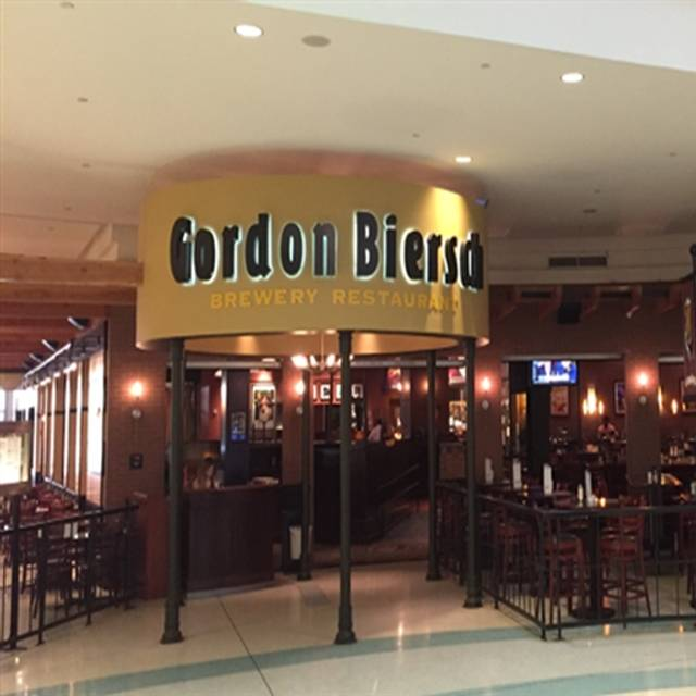 28 Restaurants Near Tysons Corner Shopping Center Opentable