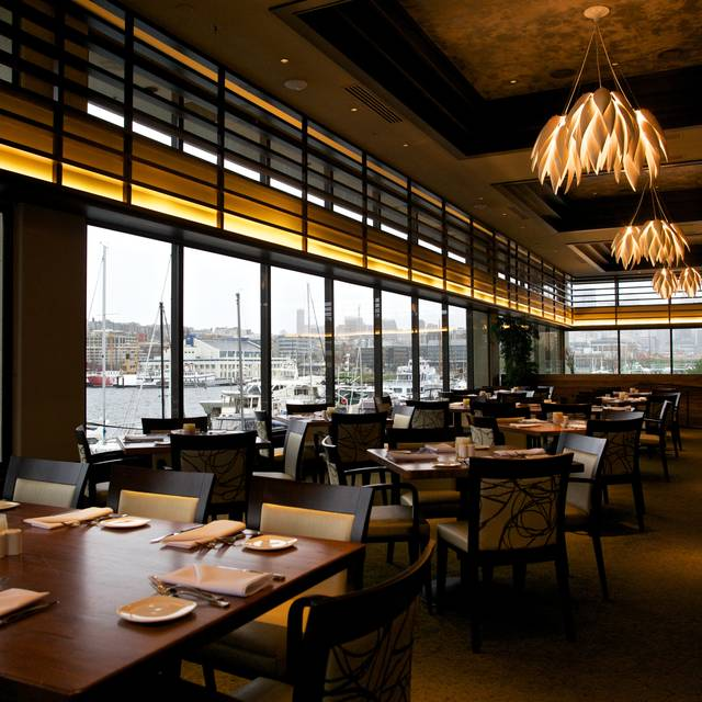 Main Dining Room - McCormick and Schmick's Harborside, Seattle, WA