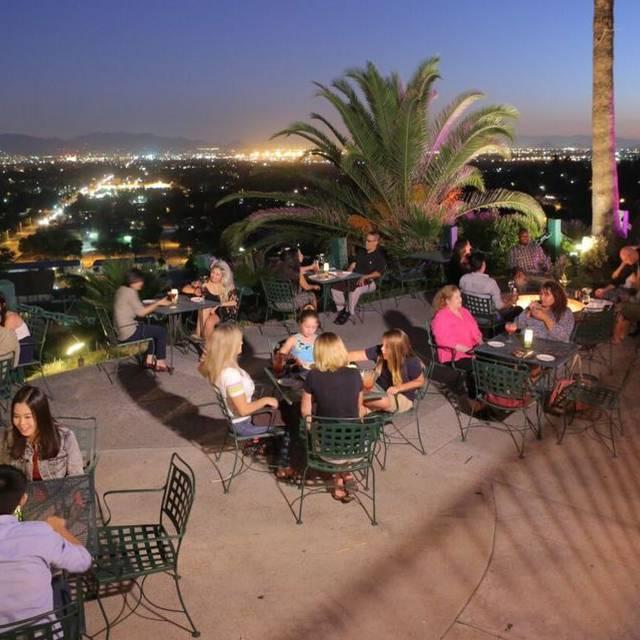 Castaway - San Bernardino, San Bernardino, CA
