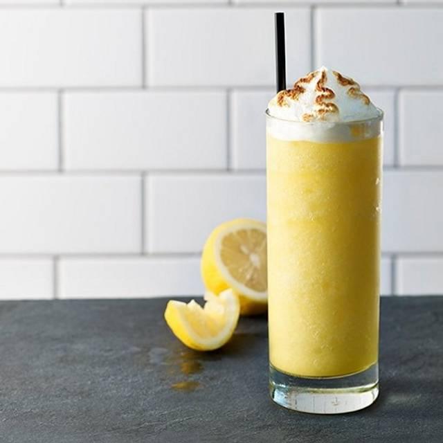 Lemon Merinque - Earls Kitchen + Bar - Calgary Tin Palace, Calgary, AB