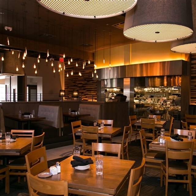 77 Restaurants Near The Promenade At Bwood Ping Center Opentable