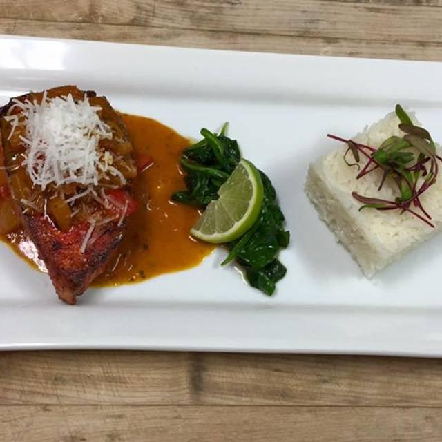 Guiso Food - Guiso Latin Fusion, Healdsburg, CA