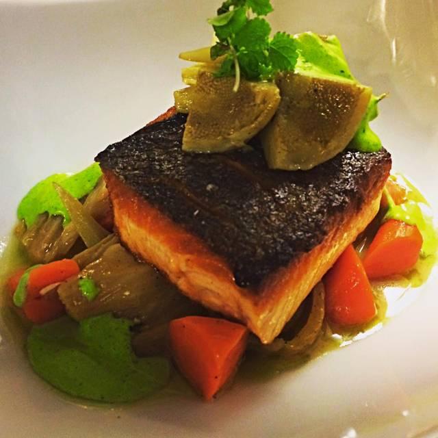 Scottish Salmon, Artichoke Barigoule, Glazed Carrots, Roasted Fennel, Basil Aioli - Aix en Provence, Charlotte, NC