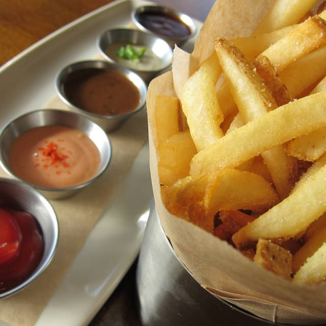 Chips W  Sauces - fadó Irish Pub & Restaurant - Chicago, Chicago, IL