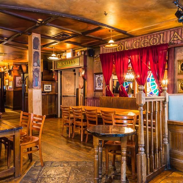 Purty Loft - fadó Irish Pub & Restaurant - Chicago, Chicago, IL