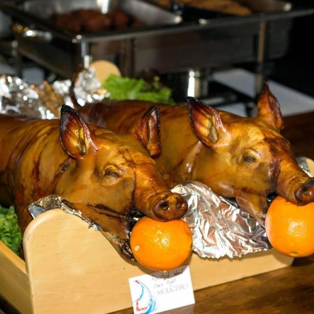 Pig Roast - Moliceiro, Toronto, ON