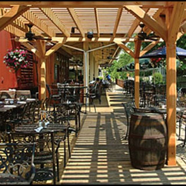 Outdoor Seating-restaurant - Lambertville Station, Lambertville, NJ